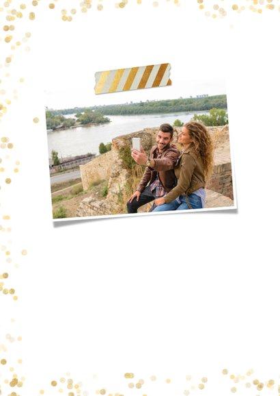 Fotocollage kaart met 12 eigen foto's en gouden confetti  2