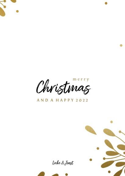 Fotocollage kerstkaart met gouden takjes en besjes 3