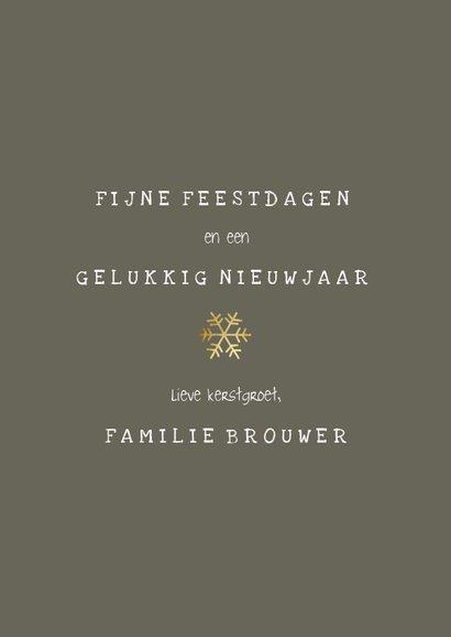 Fotokaart met gouden confetti kader en speelse typografie 3