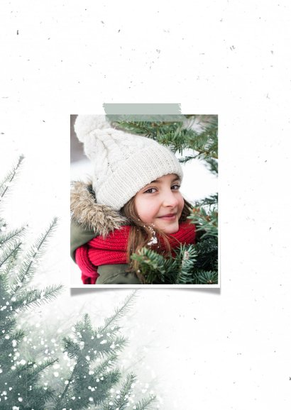 Fotokaart met kerstbomen en sneeuw 2