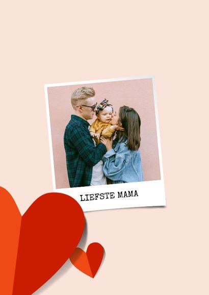 Fotokaart moederdag met rode harten op roze achtergrond 2