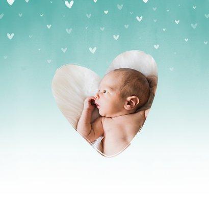 Geboorte mintgroene waterverf ombre met dwarrelhartjes 2