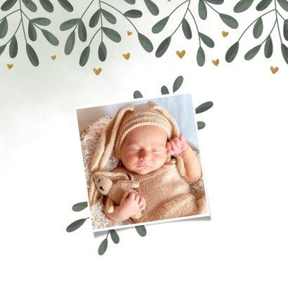 Geboortekaartje botanisch met waterverf en hartjes 2
