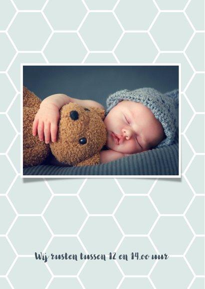 Geboortekaartje honingraat achtergrondkleur aanpasbaar 2