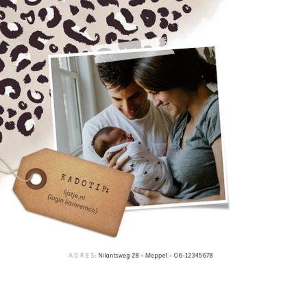 Geboortekaartje jongen met taupe panterprint en foto 2