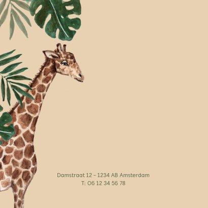 Geboortekaartje met giraffe en tropische bladeren 2