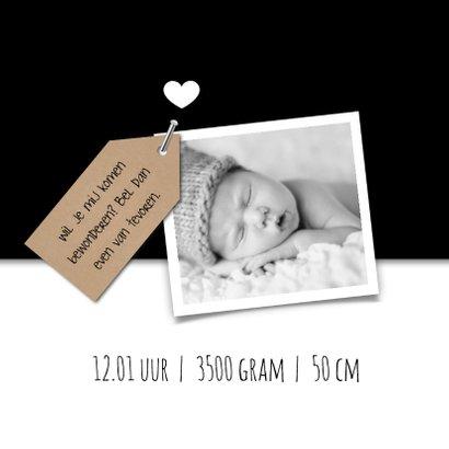 Geboortekaartje met kraft label, zwart wit en foto 2
