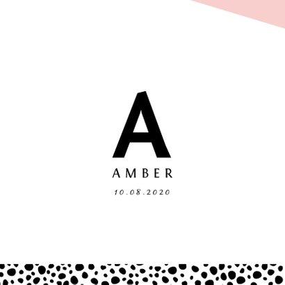 Geboortekaartje met letter en stoere confetti geometrisch 2