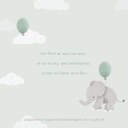 Geboortekaartje met olifantje aan ballon en wolkjes 2