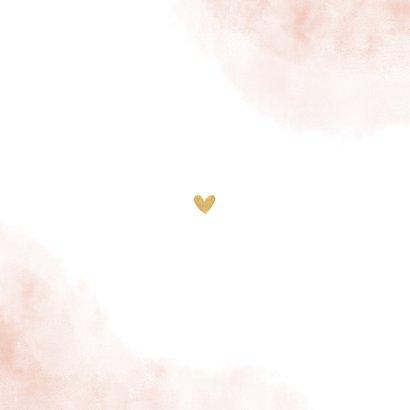 Geboortekaartje roze waterverf takjes gouden hartjes Achterkant