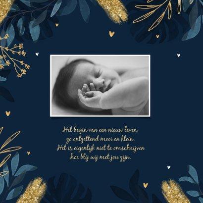 Geboortekaartje stijlvol blauw bladeren goud hartjes 2