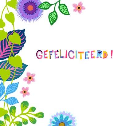 Gezellige verjaardagskaart met bloemen en planten 2