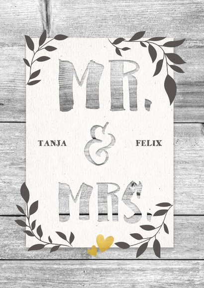 Glückwunschkarte zur Hochzeit 'Mr. & Mrs' auf Holz 2