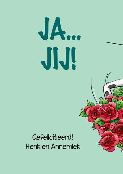 Grappige verjaardagskaart met verbaasde koe en rode rozen 2