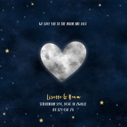 Hip geboortekaartje met hartvormige maan en sterrenstelsel 2