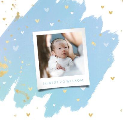 Hip geboortekaartje waterverf gouden spetters en hartjes 2