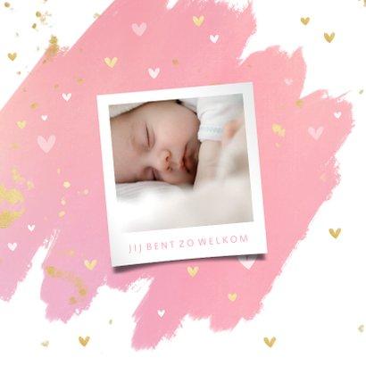 Hip geboortekaartje waterverf hartjes en gouden spetters 2