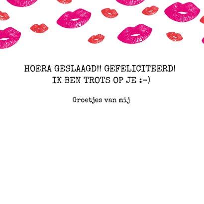 Hippe geslaagd kaart met lipjes / kusjes in rood en roze 3