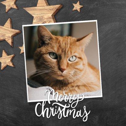 Hippe kerstkaart met houten sterren, foto en Merry Christmas 2