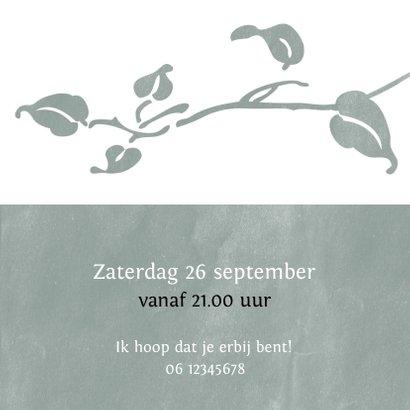 Hippe uitnodiging met foto en botanische elementen 3