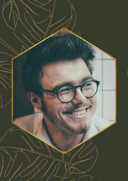 Hippe uitnodiging voor verjaardag met gouden bladeren & foto 2
