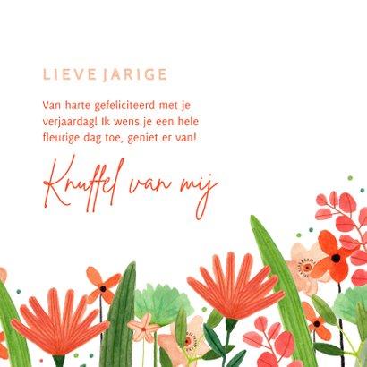Hippe verjaardagskaart vrouw bloemenweide rood groen  3