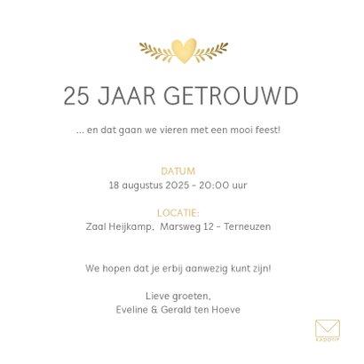 Huwelijksjubileum uitnodiging klassiek met gouden duifjes 3