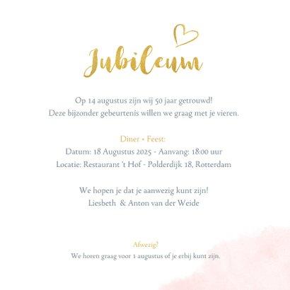 Huwelijksjubileum uitnodiging met fotohart en gouden letters 3