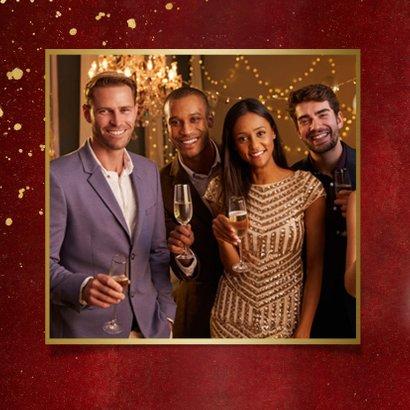 Internationale nieuwjaarskaart 'Best Wishes' - rood met foto 2