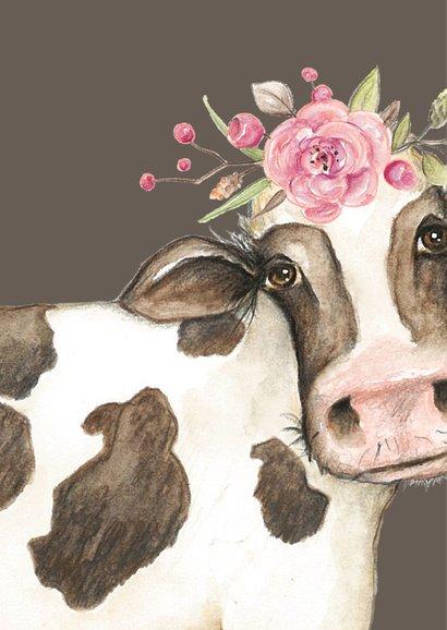 Jarigkaart met koe in de wei met bloementooi 2