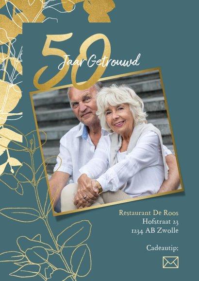 Jubileum uitnodiging '50 jaar' met gouden plantjes en foto's 2