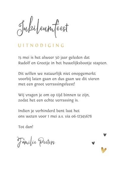 Jubileumfeest uitnodiging stijlvol hartjes liefde goud 3