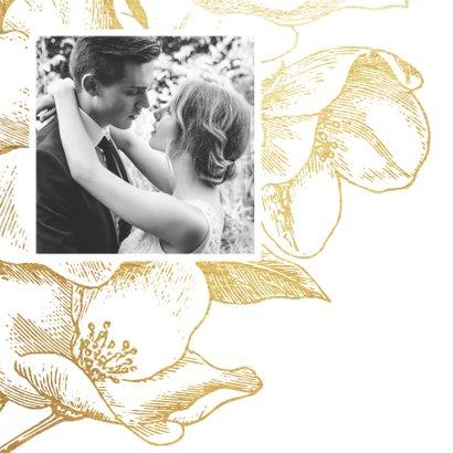 Jubileumkaart gouden bloemen met foto en jaartal 2