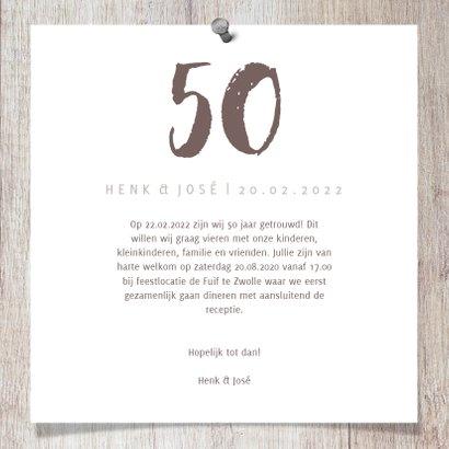 Jubileumkaart hout met foto's en spijkers 3
