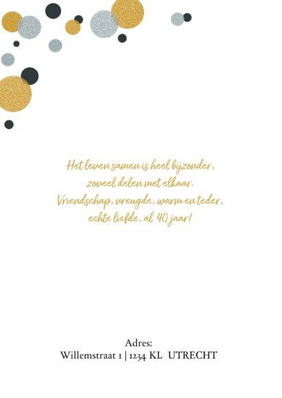 Jubileumkaart met confetti zilver- en goudlook  2