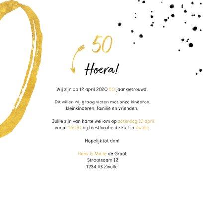Jubileumkaart met gouden 50, spetters en foto 3