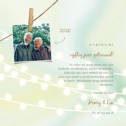 Jubileumkaart met lampjes, foto's en knijpers 3