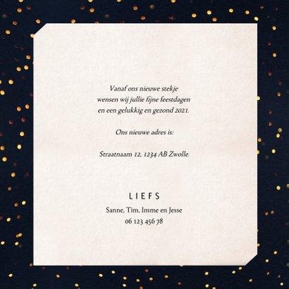 Kerst-verhuiskaart donkere achtergrond met sierlijke letters 3