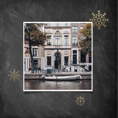 Kerst verhuiskaart krijtbord sterren sneeuwvlokken en huis 2