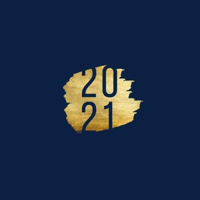 Kerstkaart '2021' met goudaccent 2