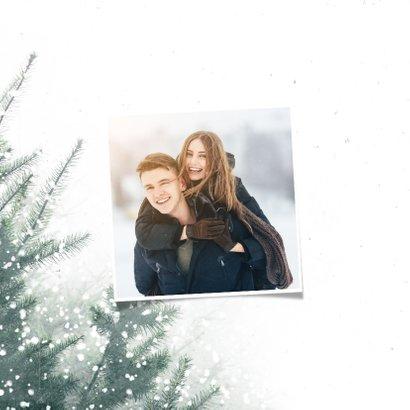 Kerstkaart christmas met kerstbomen en sneeuw 2