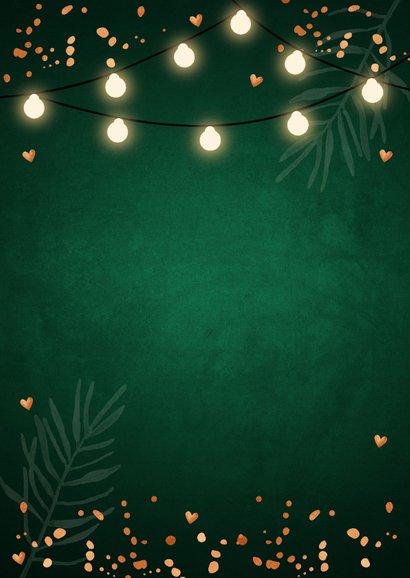Kerstkaart donkergroen foto confetti koper lampjes 2