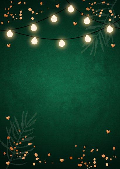 Kerstkaart donkergroen foto confetti koperlook lampjes Achterkant