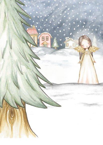 Kerstkaart engel in sneeuwlandschap 2