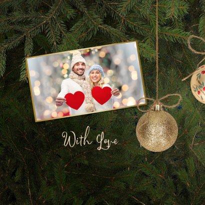 Kerstkaart gouden kerstballen en kersttakken 2