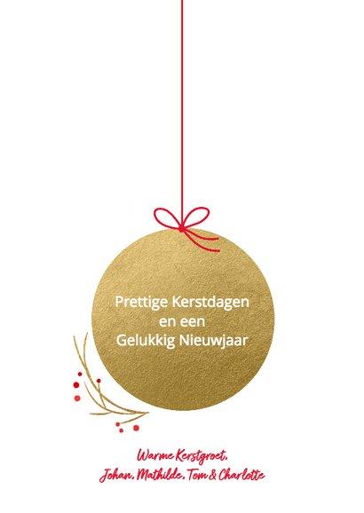 Kerstkaart kerstbal foto goud 3