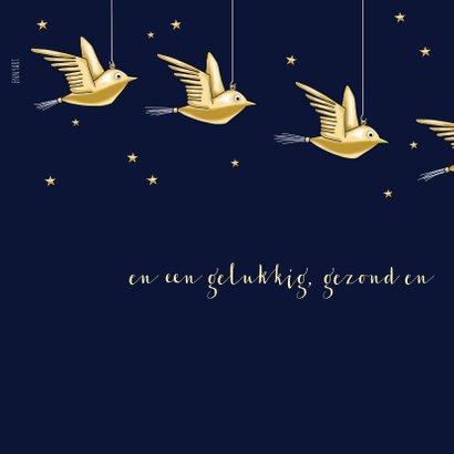 Kerstkaart - kerstbal met gouden vogeltje 2