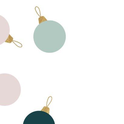 Kerstkaart kerstballen talen goud pastel 2