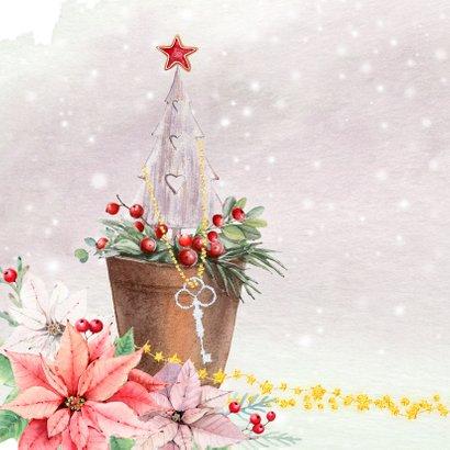 Kerstkaart kerstkrans met sleutel en kerstgroen 2