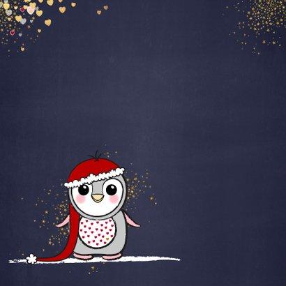 Kerstkaart met een schattige pinguïn en vele hartjes goud 2